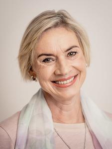 Portrait lic. phil. Barbara Ill-Schenkel